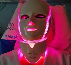 tratamente cu masca cu LED